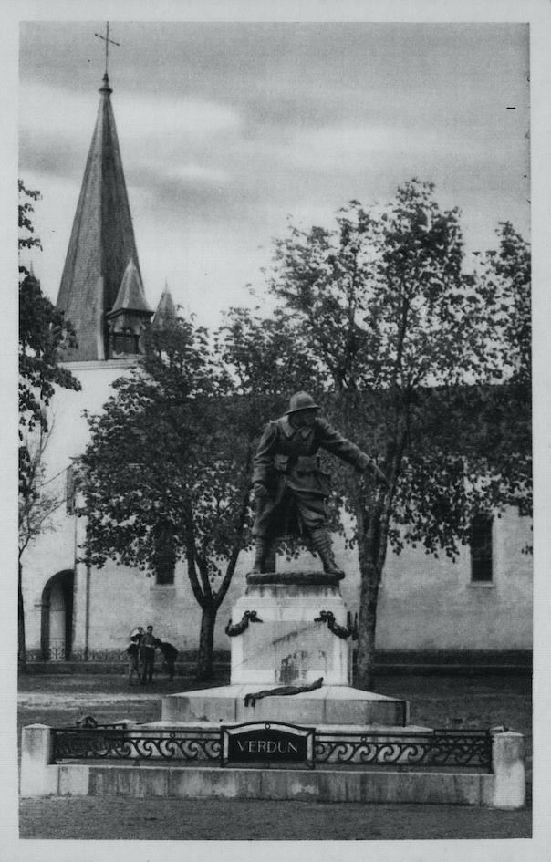 Carte postale du monument aux morts
